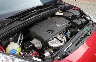 安全系数全新标志408采用了hle高强度车身结构设计,加以博世8.