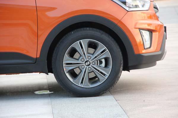 ix25的轮胎品牌为玛吉斯